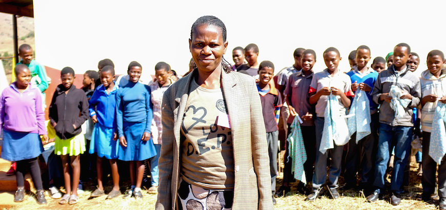 A teacher who has been trained in Bible-based trauma healing. In some parts of Swaziland, as many as 75% of school pupils have lost one or both parents to AIDS. (Photo © Adam Garff/Danish Bible Society)