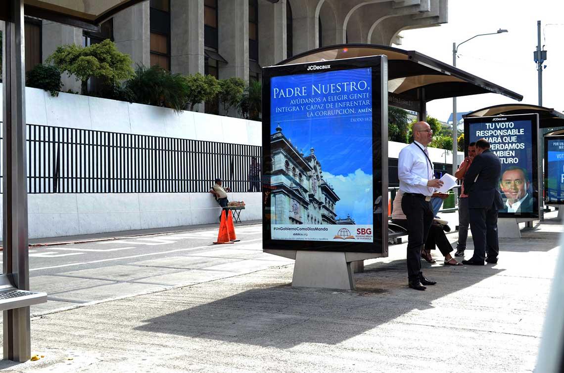 RS68430_Guatemala-advocacy-billboard-3-lpr